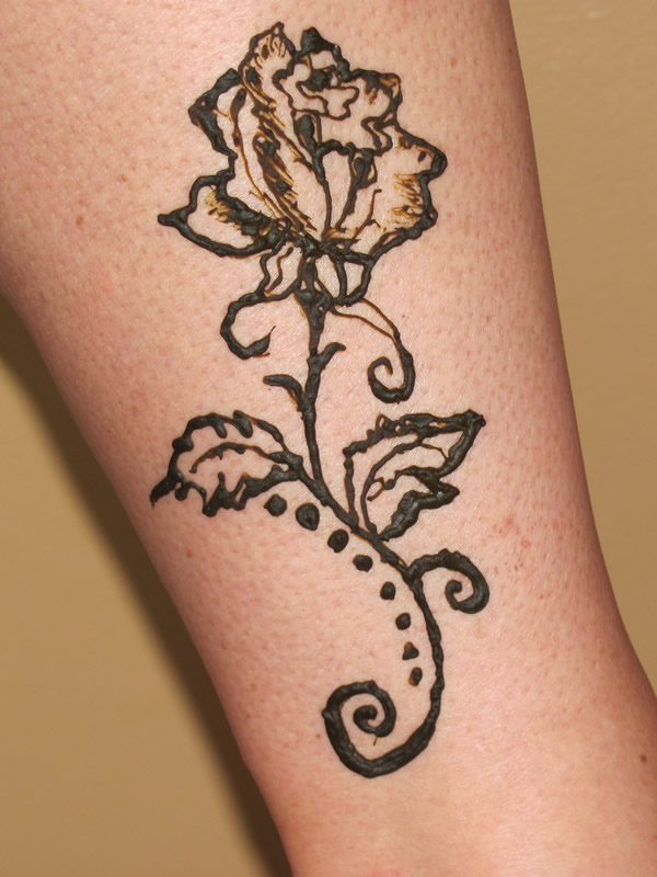 Rose Henna Tattoo Designs On Wrist Small: Henna Butterfly On Hand